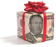 executive compensation glenn tilton wrapped money with bow